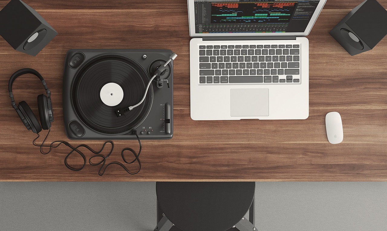 6 Resources for FREE Music for Real Estate Videos