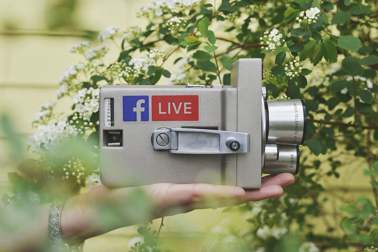 How Real Estate Agents Can Win at Facebook Live